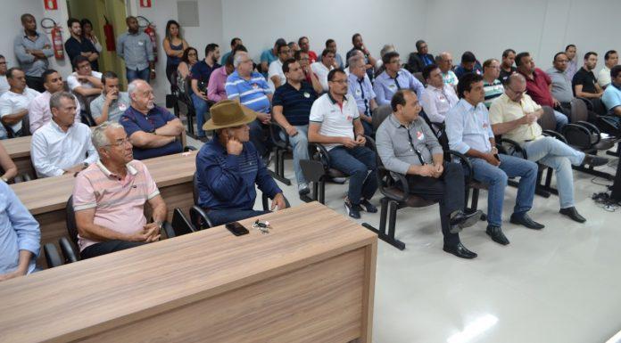 prefeitos discutem voe minas
